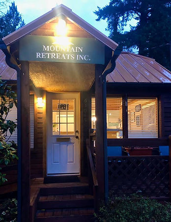 Mountain retreats serves Boring, Oregon