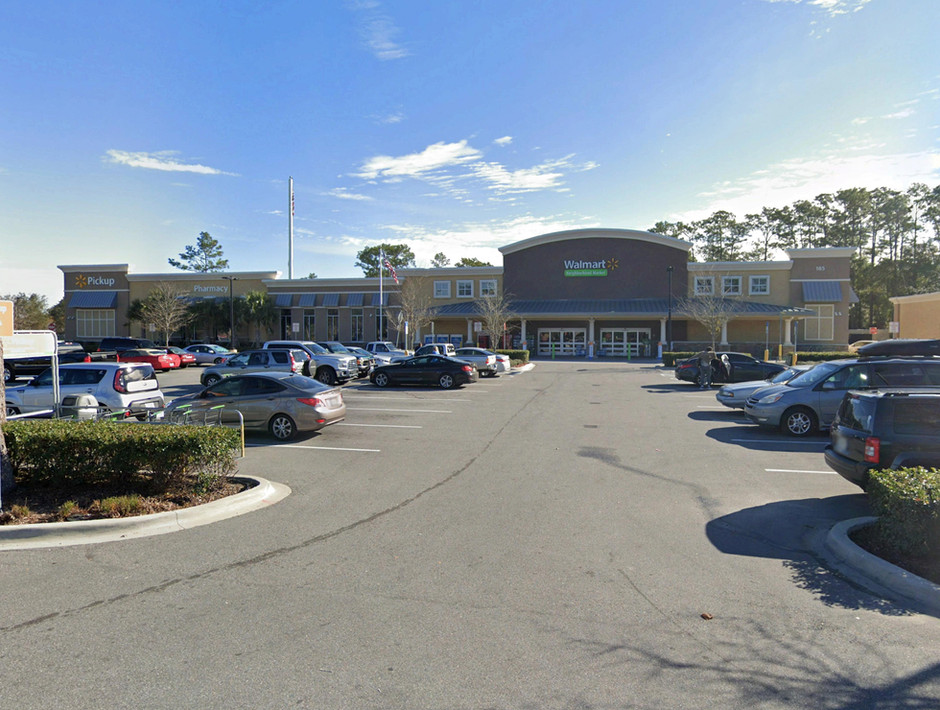 SHOPES AT PINE MEADOW