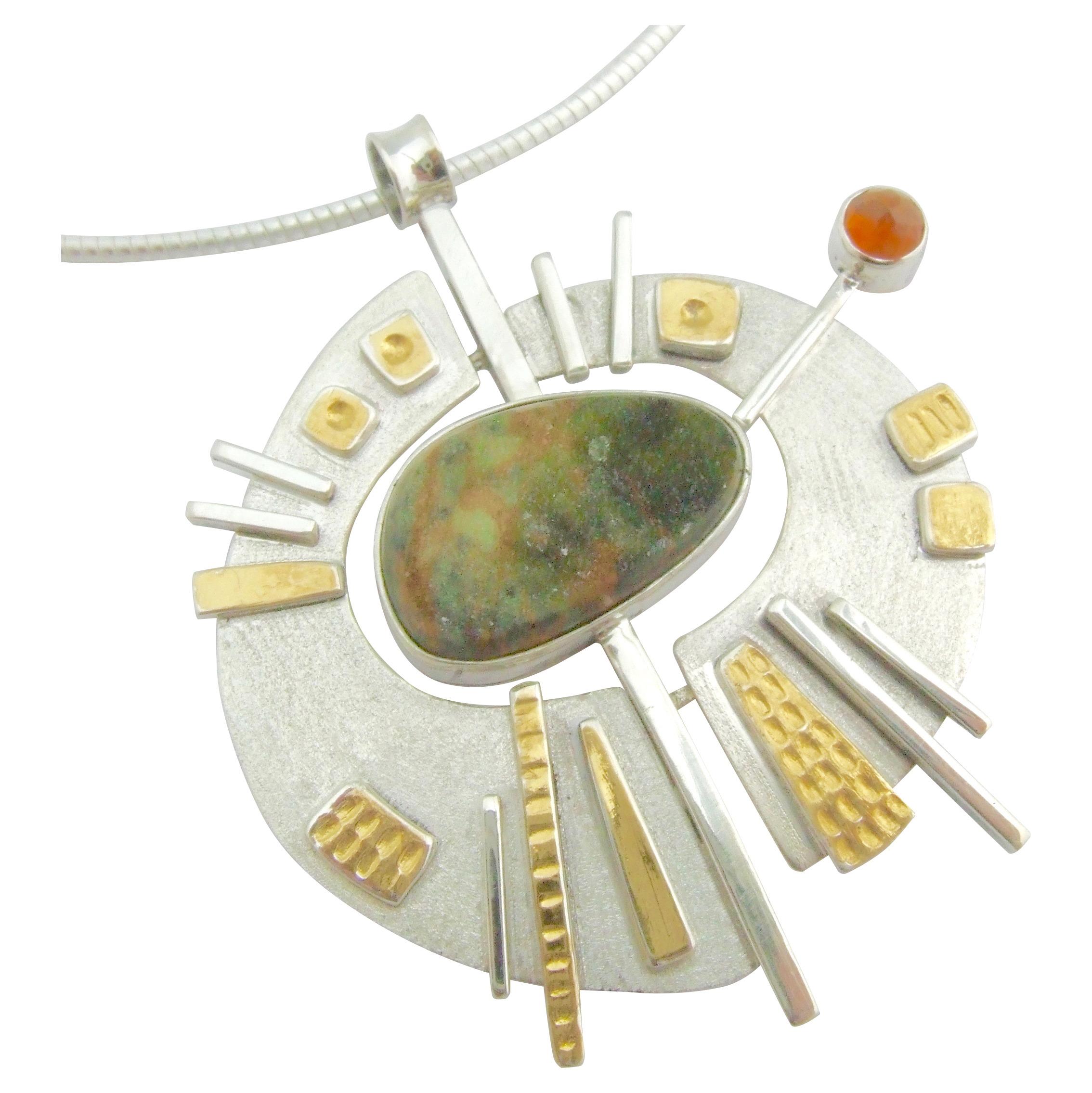 Indocrase Pendant