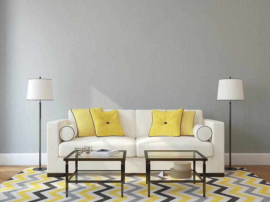Weiß und Gelb Wohnzimmer