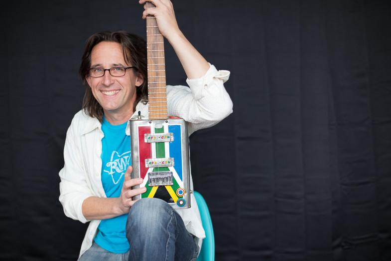 RC Gas can guitar.jpg