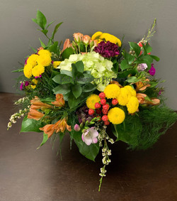 9 - Vase Arrangement