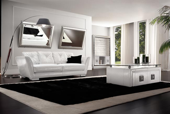 Orakle in White Livingroom Group