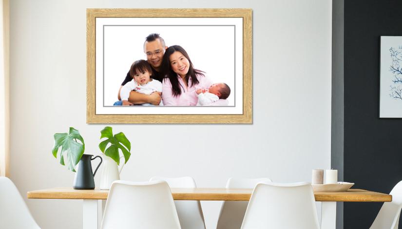 Family Studio Bright White Oak Frame