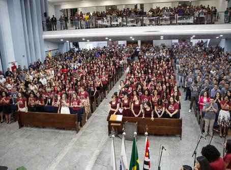 Congresso reúne milhares de jovens na IEAD Mauá durante o carnaval