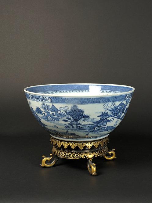 Grosse Porzellan-Schale, China, 19.Jhr.