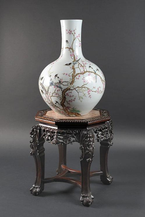 Chin. Vase auf Ständer
