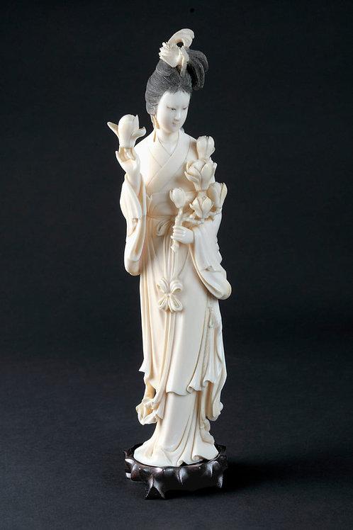 Elfenbein-Figur