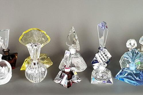 Sammlung von 36 Parfüm-Flakons,  Art-Deco