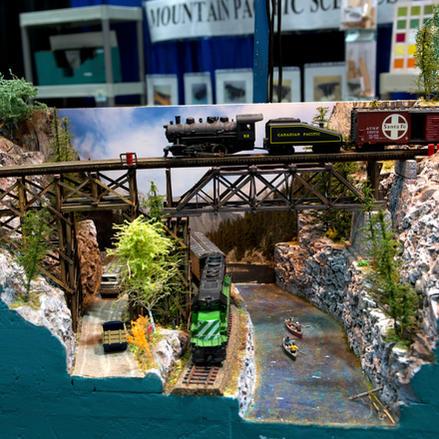 Model 1125 Truss Bridge Diorama.  NMRA Merit Award