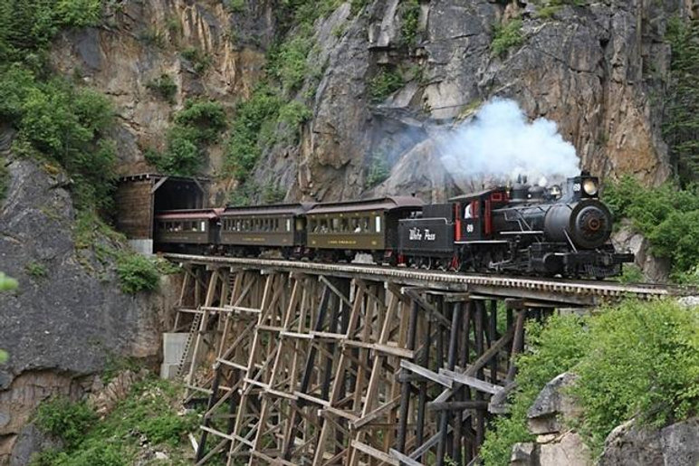 Photo steam crossing trestle.jpg