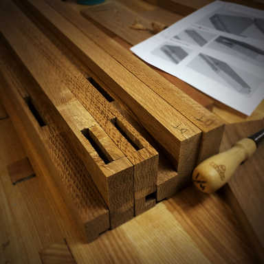 Traditional Console (Joinery Detail)