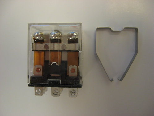 010027F Raypak 24V 3PDT Relay w/ Indicator Lamp