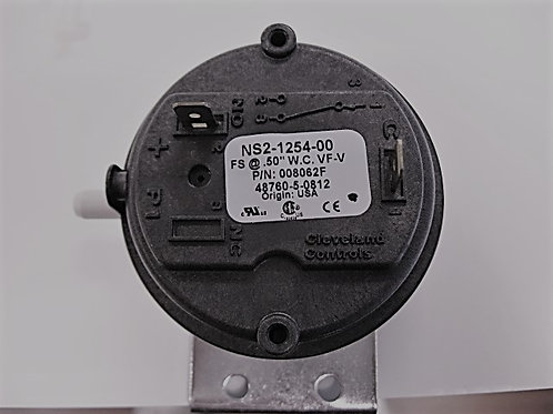 "008062F Raypak Air Pressure Switch .50"" WC"