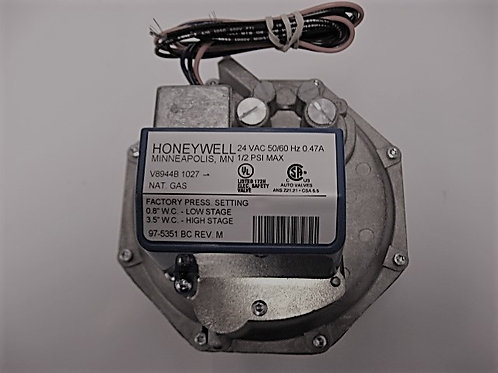 "600656 Honeywell 1 1/4"" 24V Diaphragm Comb. 2 Stg. Gas Valve"