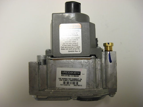 "R0038400  Laars/Honeywell 3/4"" 24V Gas Valve w/Press Tap Reg 4.0 Adj 3-5 Range"