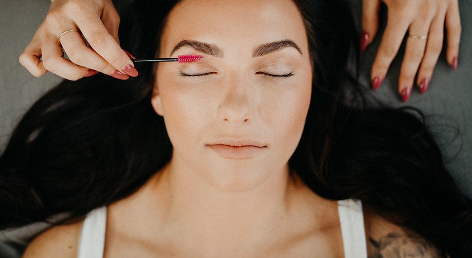 NW Lash and Beauty Studio Brow Wax and Tint