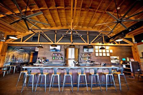 Empty Silver Moon Brewing Pub Bar.jpeg