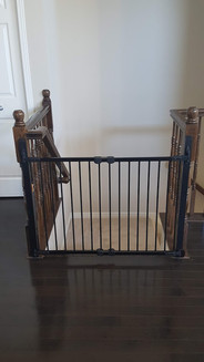 Post to Post with Metal Gate