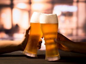 Cerveja artesanal arte em crescimento no Brasil.
