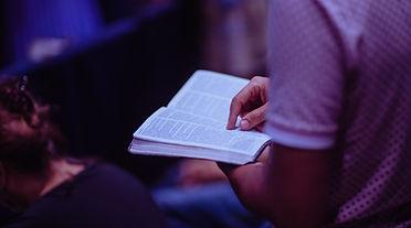 eglise_la_clairire_etude_biblique.jpg