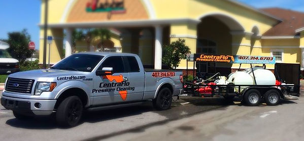 CentraFlo Pressure Cleaning offering roof cleaning and pressure cleaning in orlando florida.