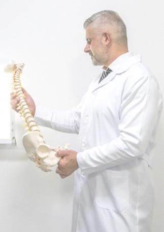Dr. Renato Costa