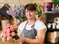 man-assistant-in-flower-shop-delivery-ma