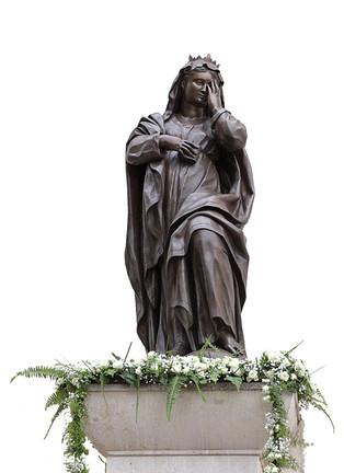 La statua della Madonna nella storia