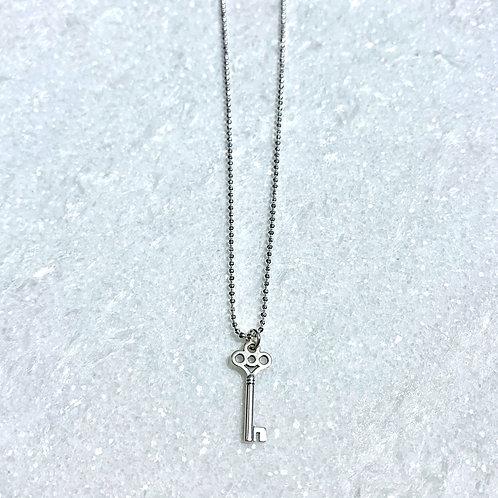 SS Key Necklace NS189-SS