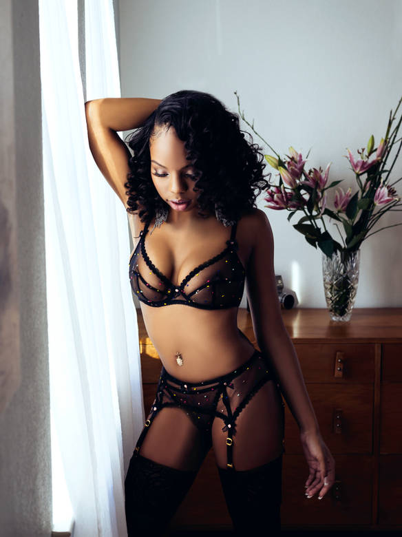 Classy boudoir session with lacy garments
