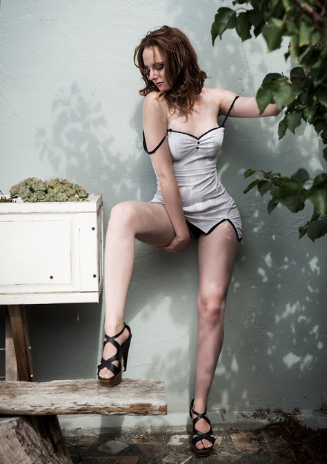 On location boudoir photo session