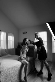 Behind the scenes. Boudoir photography.