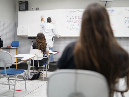 MEC e Saúde assinam portaria interministerial que prevê retorno às aulas presenciais