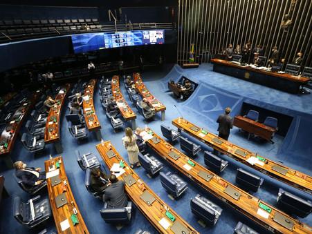 Senado: falta de quórum adia votação de PEC sobre cargos comissionados