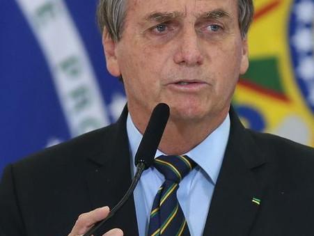 Bolsonaro questiona decretos estaduais sobre toque de recolher e restrições no comércio