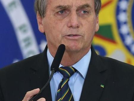 Bolsonaro diz que indicação de Mendonça para o STF deve sair hoje