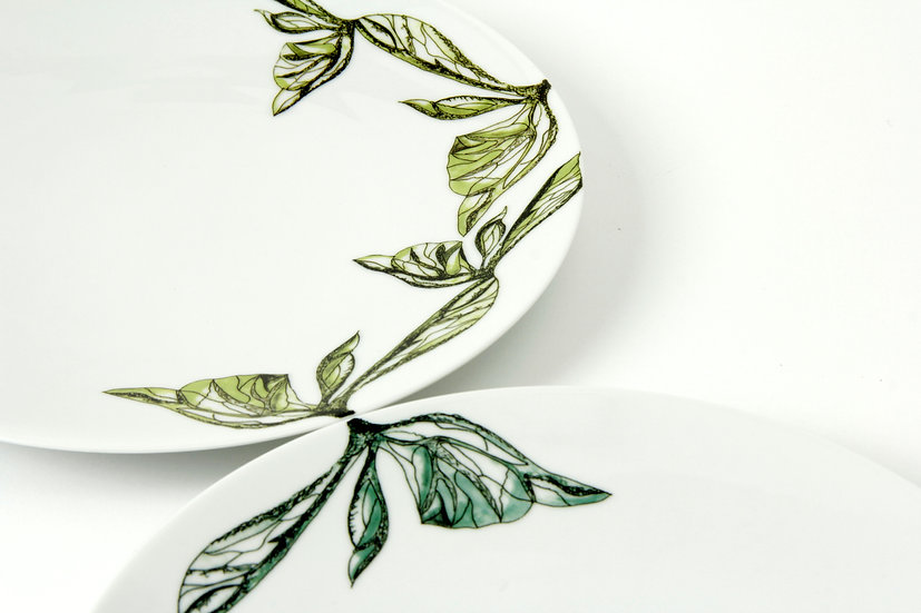 Kensington Gardens Set of 4 dinner plates
