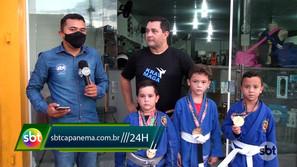 Garoto capanemense de seis anos já é tricampeão de jiu-jitsu no estado
