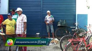 Trabalhadores que sobrevivem de troca-troca na feira de Capanema clama por socorro