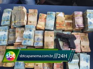 Homem é preso com pistola e R$ 697 mil sem procedência em Capanema