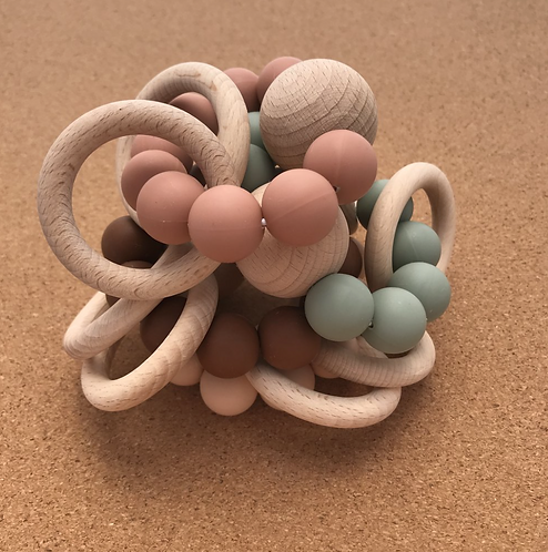 D+D Saturn wood and silicone teether