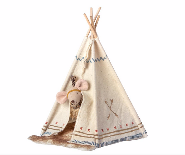 Maileg Little Feather Mouse with a teepee