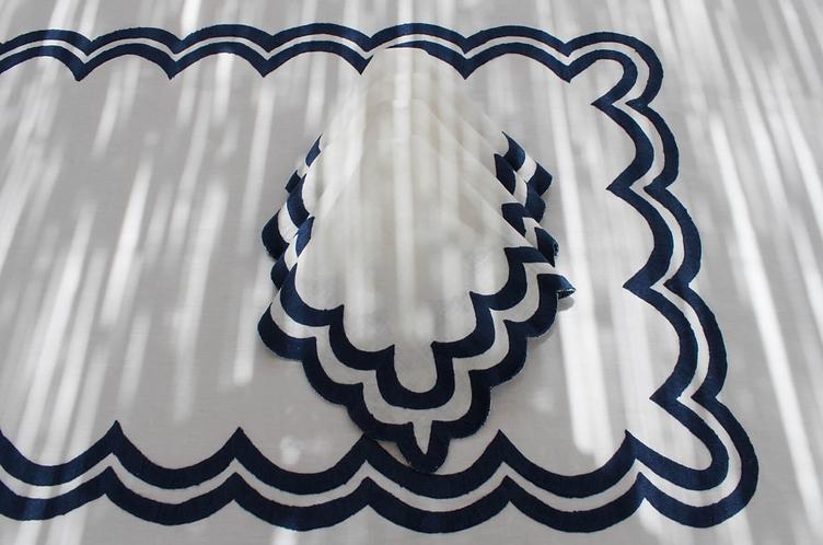 Scalloped Linen Napkins Set/4 - Indigo