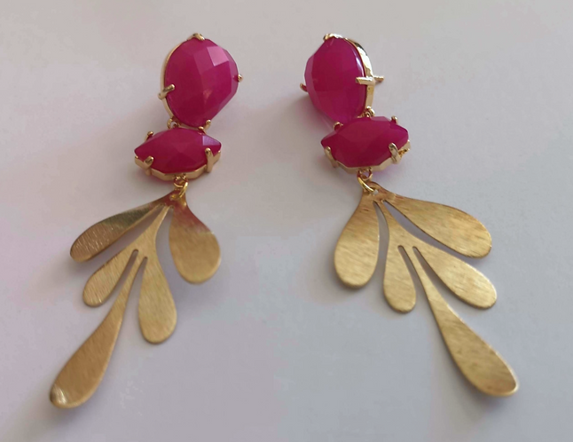 Fuchsia She's gold earrings