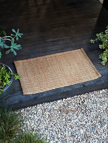 NOOK Armadillo & Co. Nest Entry rug
