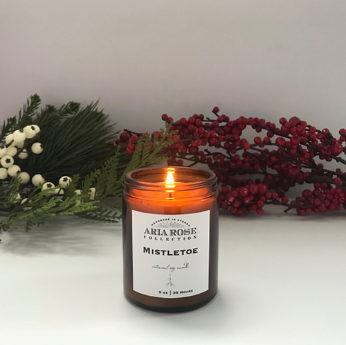 Aria Rose mistletoe scent candle