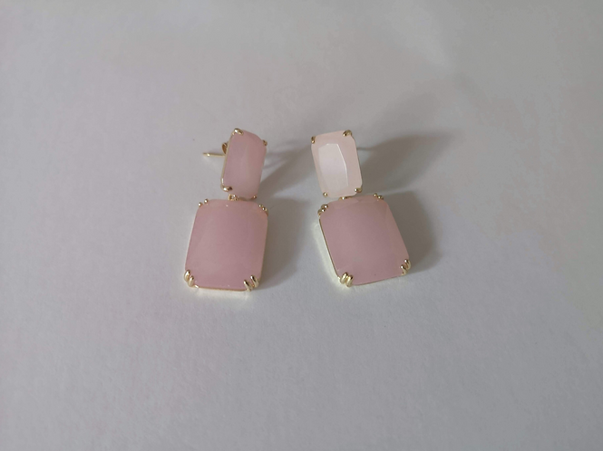 Nude pink wild baby earrings