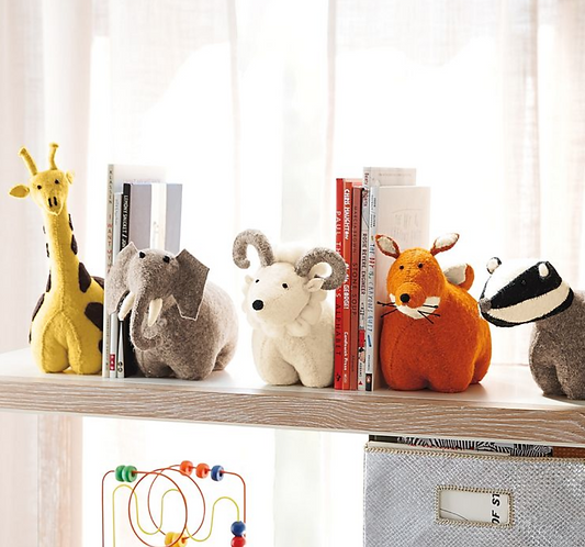 Felt giraffe bookend