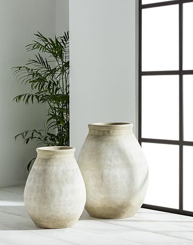 Alika Terracotta Urn Pot - Large